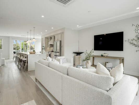 2nd Floor - Living Room