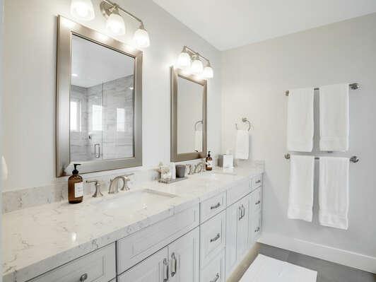 3rd Floor - Master En-Suite Bathroom w/ Shower