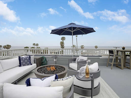 Large Roof Deck w/ Ocean Views, Plush Seating & Fire Pit
