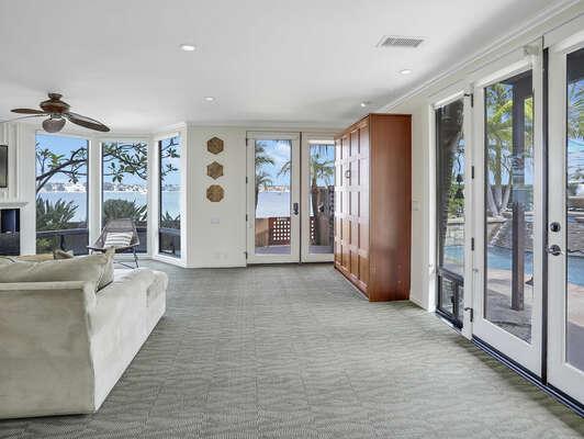 Living Room + Queen Murphy Bed - 1st Floor