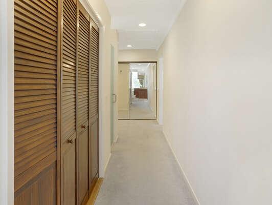 Master En-Suite Hallway - 2nd Floor