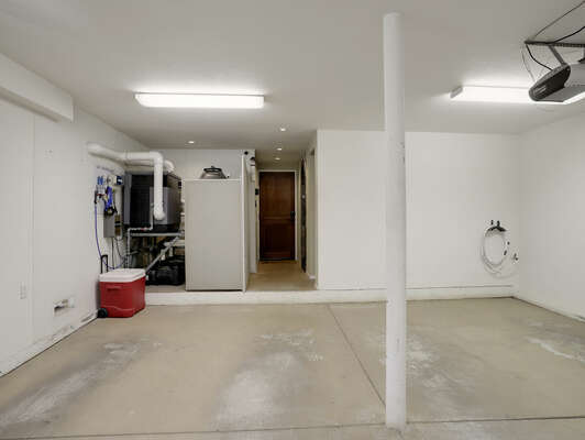 2-Car Garage Separated by Interior Post