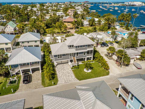 Neighborhood of the Fort Myers Vacation House Rental