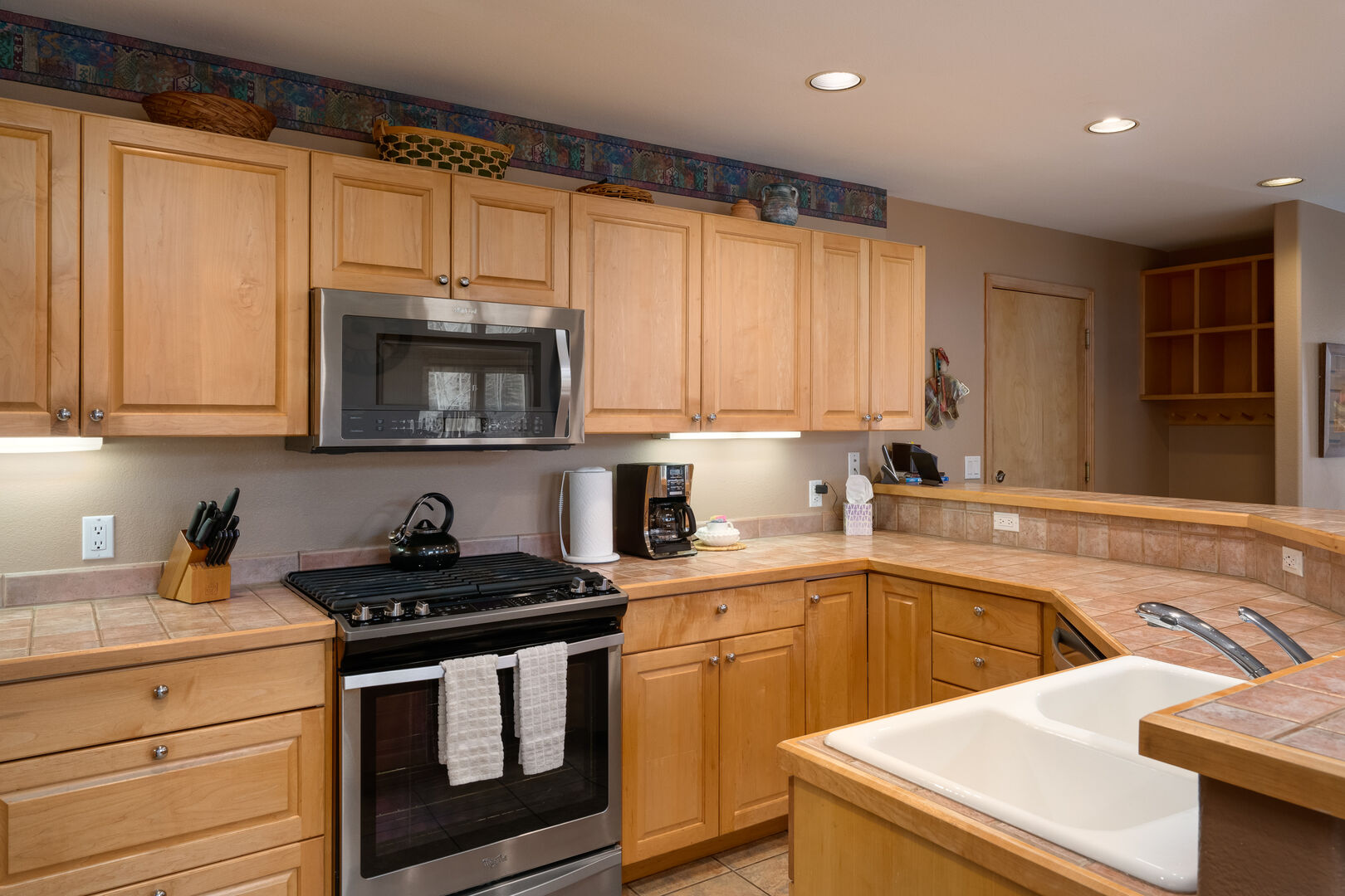 Plenty of storage and counter space in our kitchen.