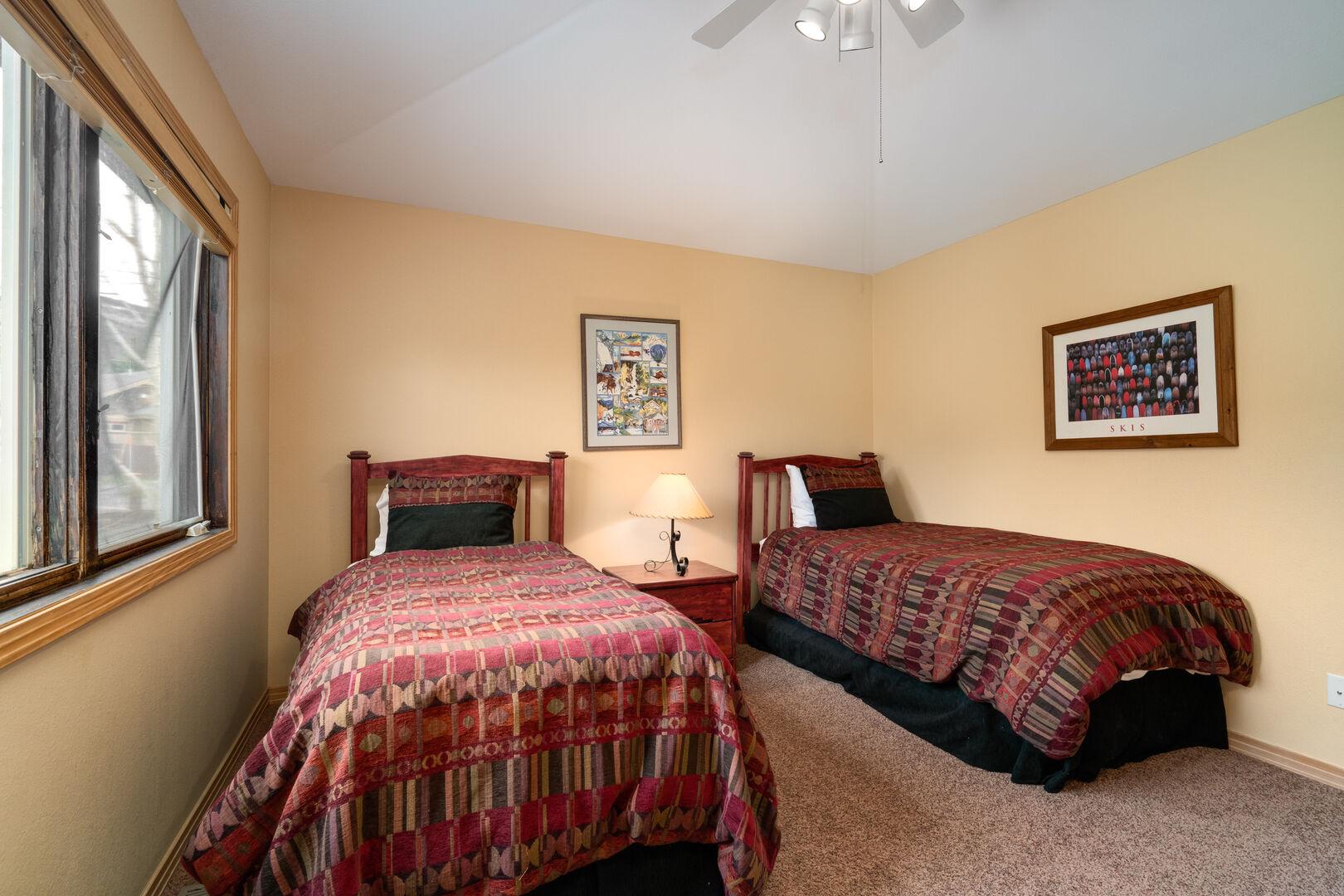 Upper level twin bedroom