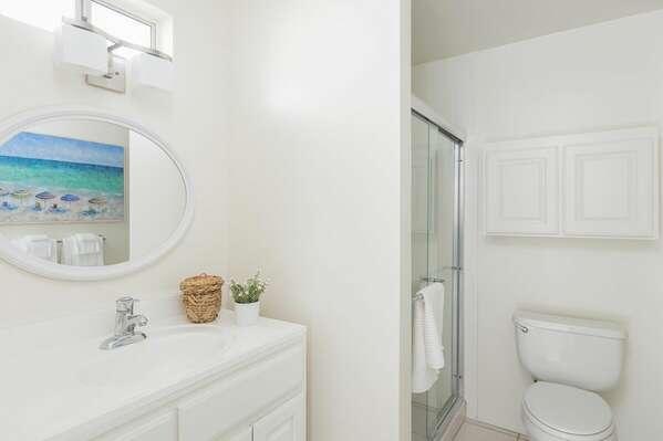 Full Bathroom - Second Floor (Across From Master Bedroom)