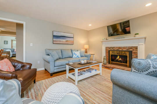 Plenty of seating in the living room at 46 Har-Wood Ave Harwich- Cape Cod- New England Vacation Rentals