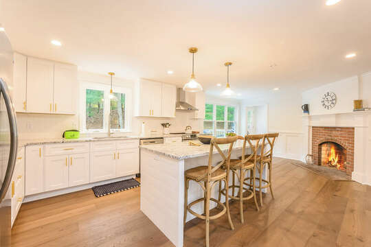 Kitchen with breakfast bar and seating for 3 - 21 Moon Compass Lane Sandwich Cape Cod - New England Vacation Rentals