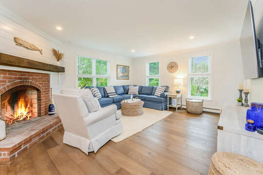 Family room - 21 Moon Compass Lane Sandwich Cape Cod - New England Vacation Rentals