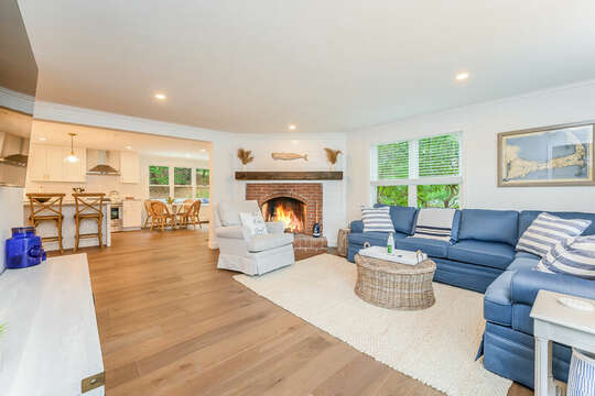 Family room to right of entrance  - 21 Moon Compass Lane Sandwich Cape Cod - New England Vacation Rentals