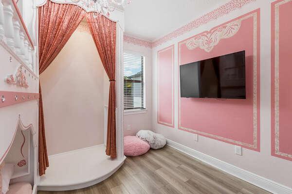 Kids bedroom comes with SMART TV