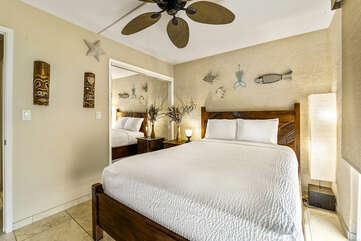 Bedroom 2 at this Kona condo vacation rental features a Queen bed.