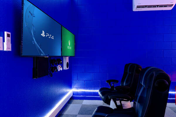 The gamers in the family will enjoy the 2-TV gaming system with Xbox One and Playstation 4 consoles to play their favorite games