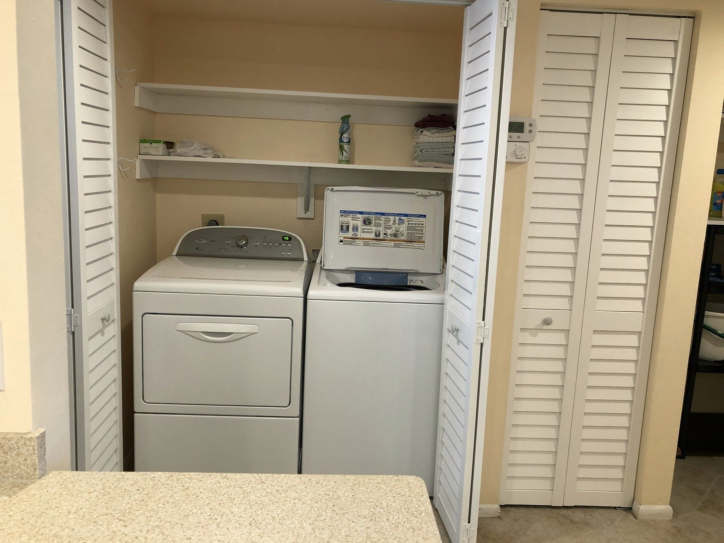 105 Tiffany Place washer & dryer