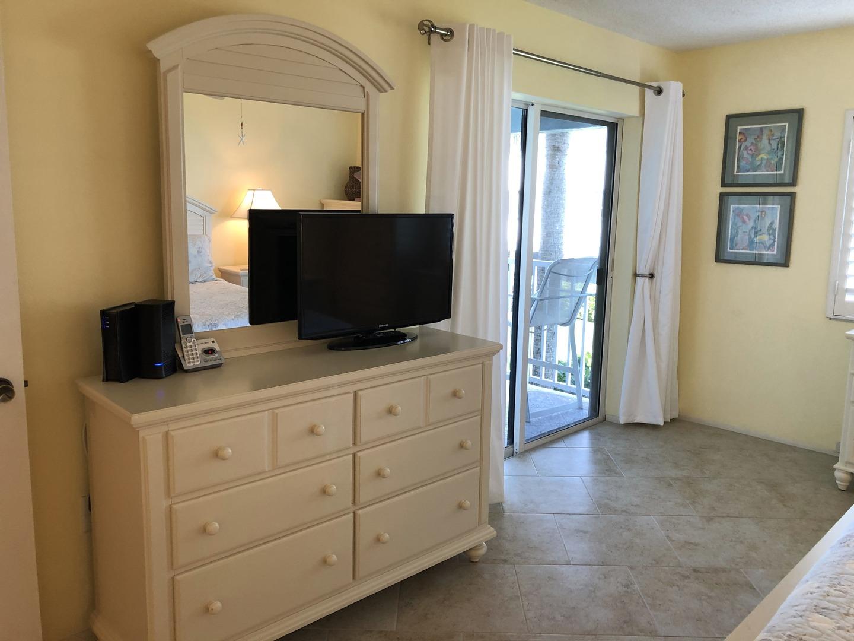 105 Tiffany Place master bedroom TV