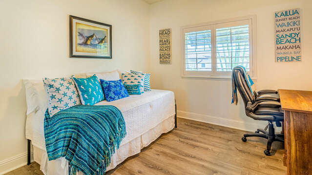 Third Bedroom with Twin Trundle Bed