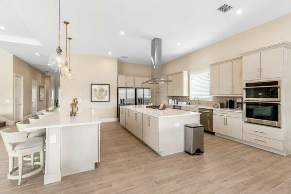 Chefs will love the fully equipped kitchen