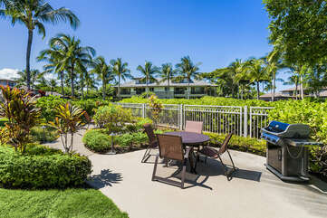 Golf Villas at Mauna Lani BBQ Area with Seating for 4