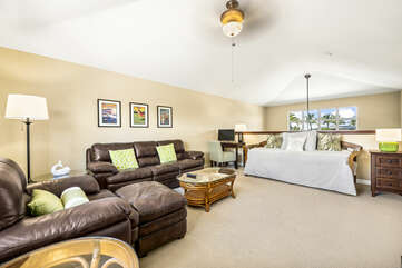 Loft with Vaulted Ceilings and Day Bed at Waikoloa Hawaii Vacation Rentals