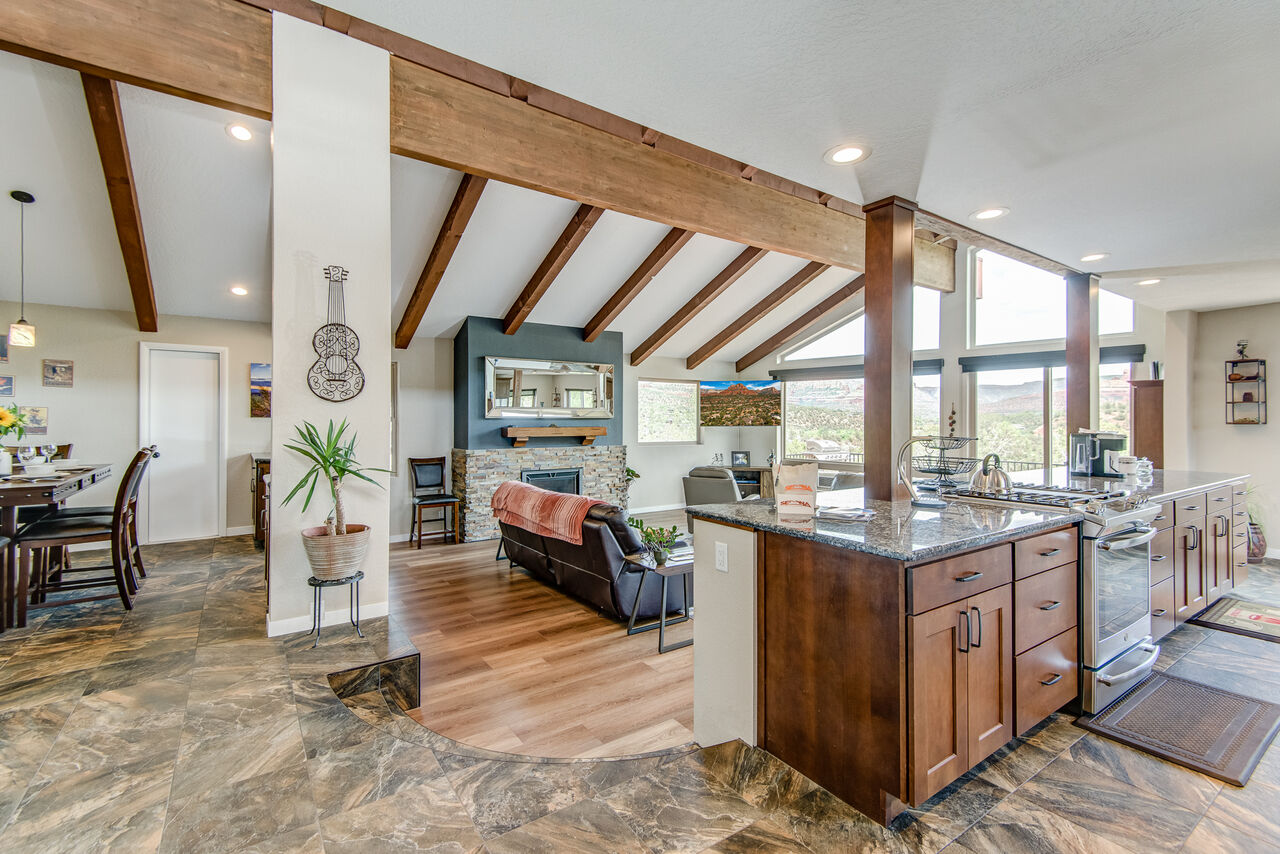 Great Room with Vaulted Ceilings