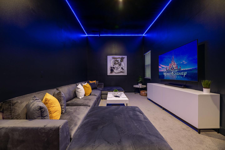 [amenities:tv-room:2] Tv Room