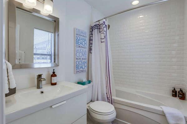 2nd Floor - Shared Bathroom w/ Tub