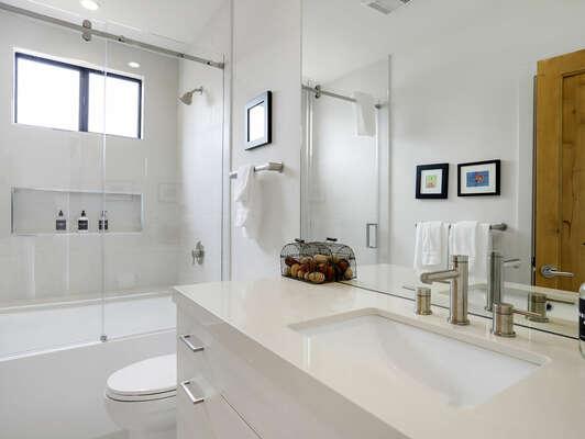 2nd Floor - En-Suite Bathroom w/ Tub (has 2nd access door for remainder of 2nd floor)