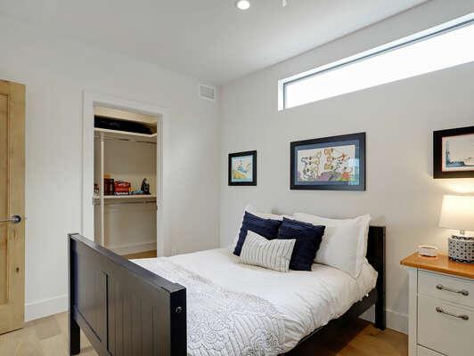 2nd Floor - Twin/Twin Bunk & Full Bed w/ En-Suite