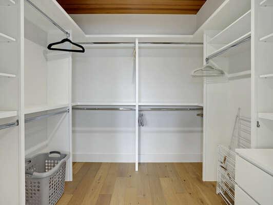 3rd Floor - Master Suite w/ Large Walk-In Closet