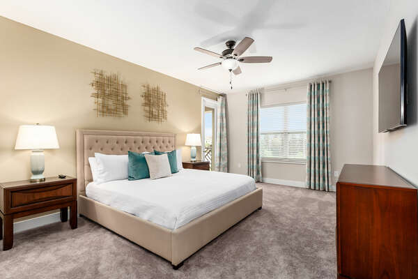 Master suite with king-size bed