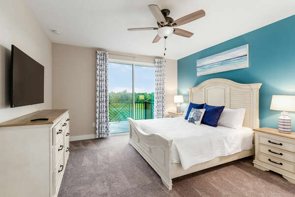 Master Suite with king-size bed and balcony access