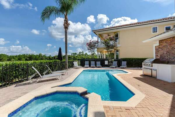 Enjoy a day in your private pool and spillover SPA!