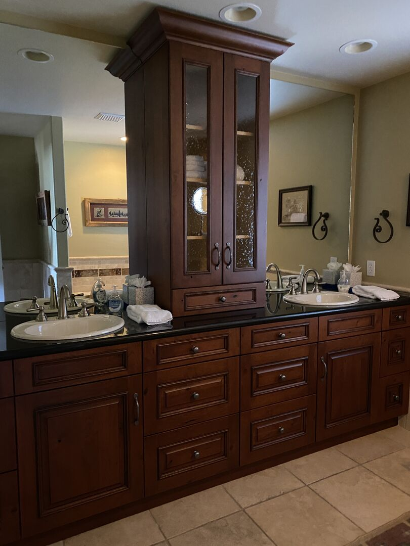 Master bath with double vanity and beautiful cabinetry!
