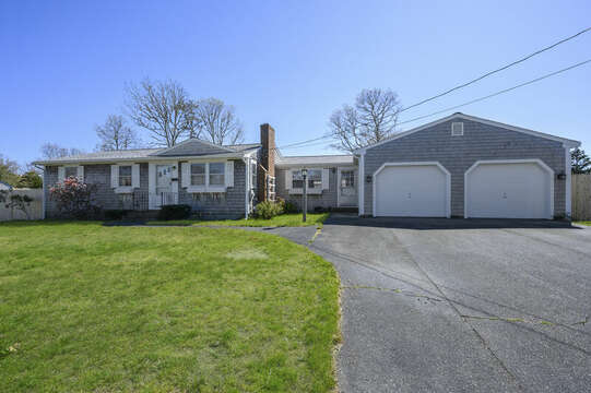 Welcome to Happy Hour Any Hour! - 7 Cutter Lane West Yarmouth Cape Cod - New England Vacation Rentals