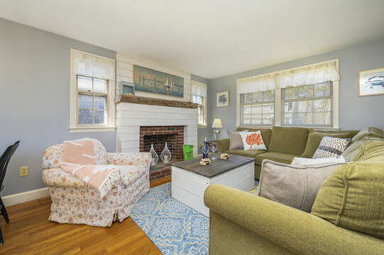 Cozy, comfy living room for family get togethers! - 7 Cutter Lane West Yarmouth Cape Cod - New England Vacation Rentals