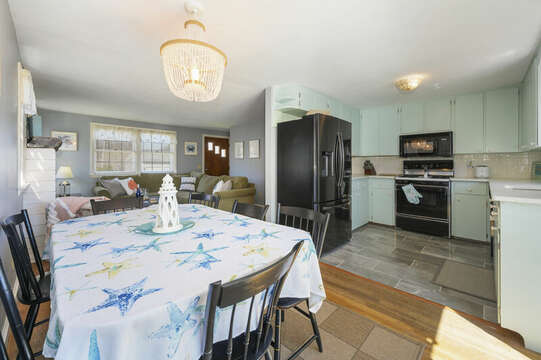 Dining area open to kitchen - - 7 Cutter Lane West Yarmouth Cape Cod - New England Vacation Rentals