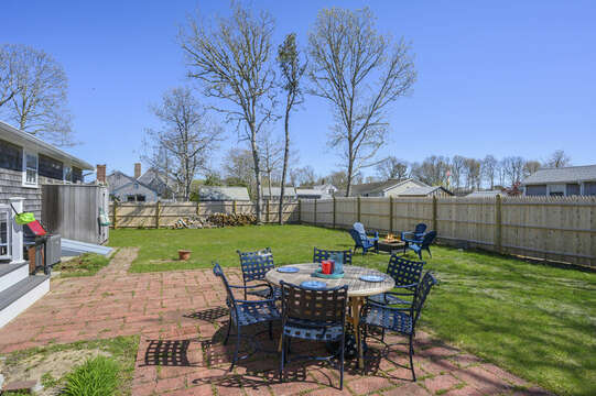 Large fenced in backyard, outdoor dining, fire pit, too! And outside shower - a Cape Cod tradition! - 7 Cutter Lane West Yarmouth Cape Cod - New England Vacation Rentals