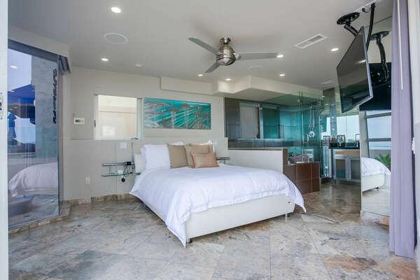 Master Bedroom w/ King & Ocean Views