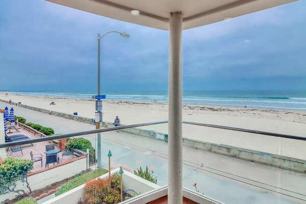Living Room Balcony w/ Panoramic Ocean Views