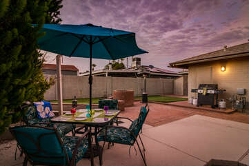 Outdoor Dining and Gas BBQ