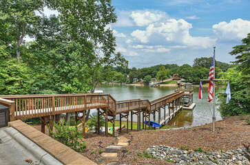 Butler Bliss - nestled on a quiet cove in Lake Norman!