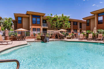Exclusive Scottsdale Community with Luxury Amenities - Communal Heated Pool, Hot Tub and Clubhouse