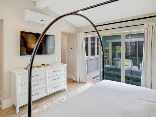 Master Suite, King - Third Floor