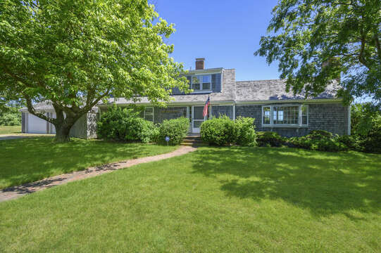 Front view of Home - 229 Scatteree Road Chatham Cape Cod - New England Vacation Rentals Vacation Rental