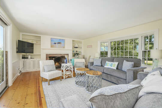 Spacious Living Room - 229 Scatteree Road Chatham Cape Cod - New England Vacation Rentals Vacation Rental