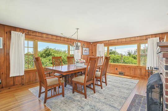 Dining for a large group - 229 Scatteree Road Chatham Cape Cod - New England Vacation Rentals Vacation Rental