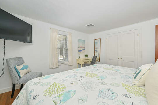 Bedroom 1 with King Bed, TV and desk - 229 Scatteree Road Chatham Cape Cod - New England Vacation Rentals Vacation Rental