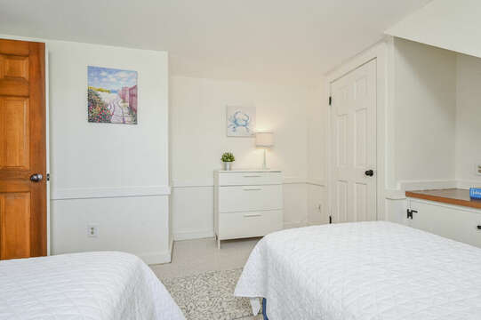 Upstairs Bedroom #3 with 2 twin beds - 229 Scatteree Road Chatham Cape Cod - New England Vacation Rentals Vacation Rental