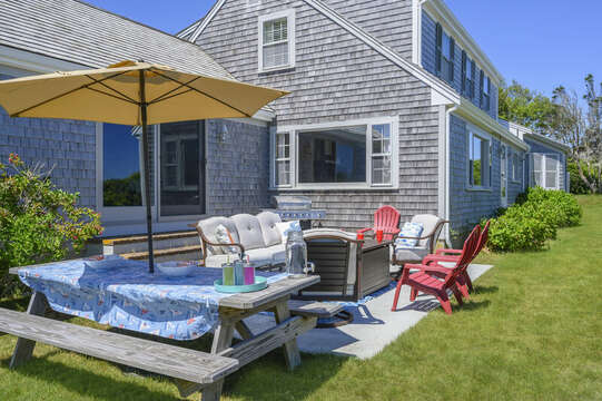 Picnic table for kids - 229 Scatteree Road Chatham Cape Cod - New England Vacation Rentals Vacation Rental