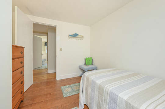 Bedroom #5 Twin bed with dresser-21 Pine Street- Harwichport- Cape Cod- New England Vacation Rentals